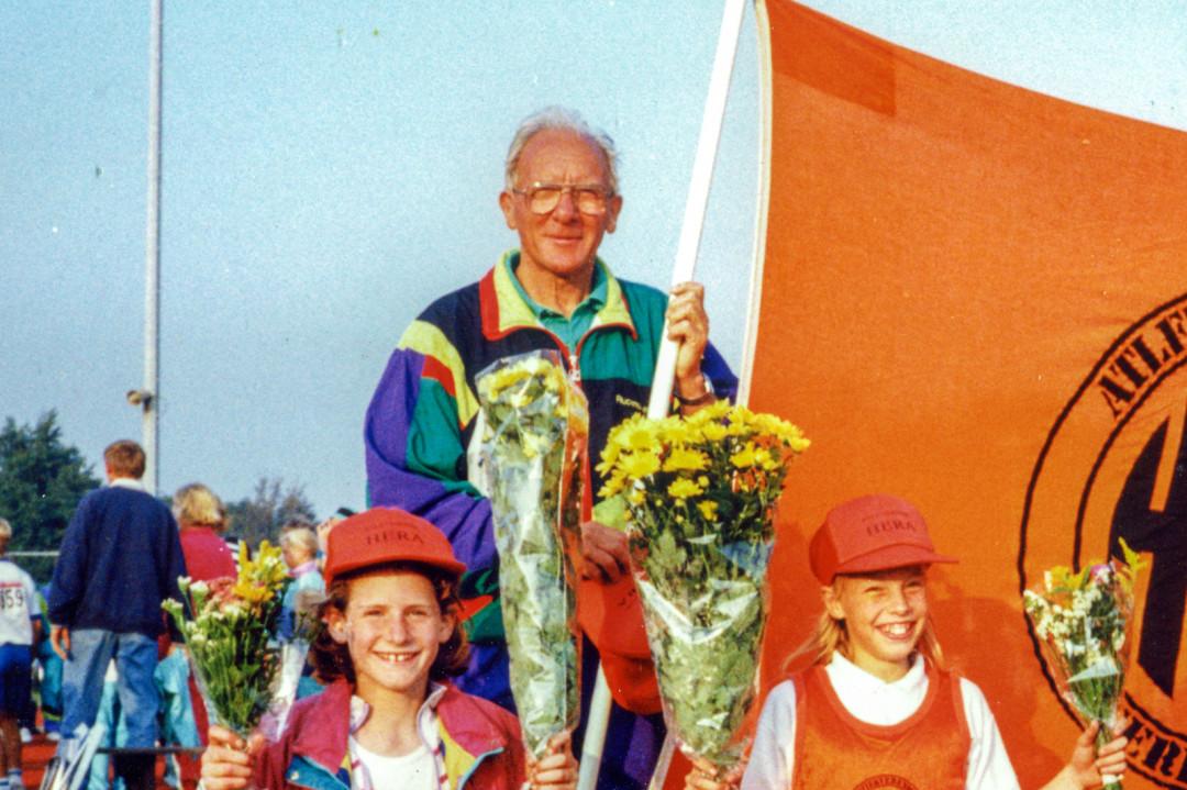 """""""Opa Ab"""" in functie als coach van de Hera Jeugd"""