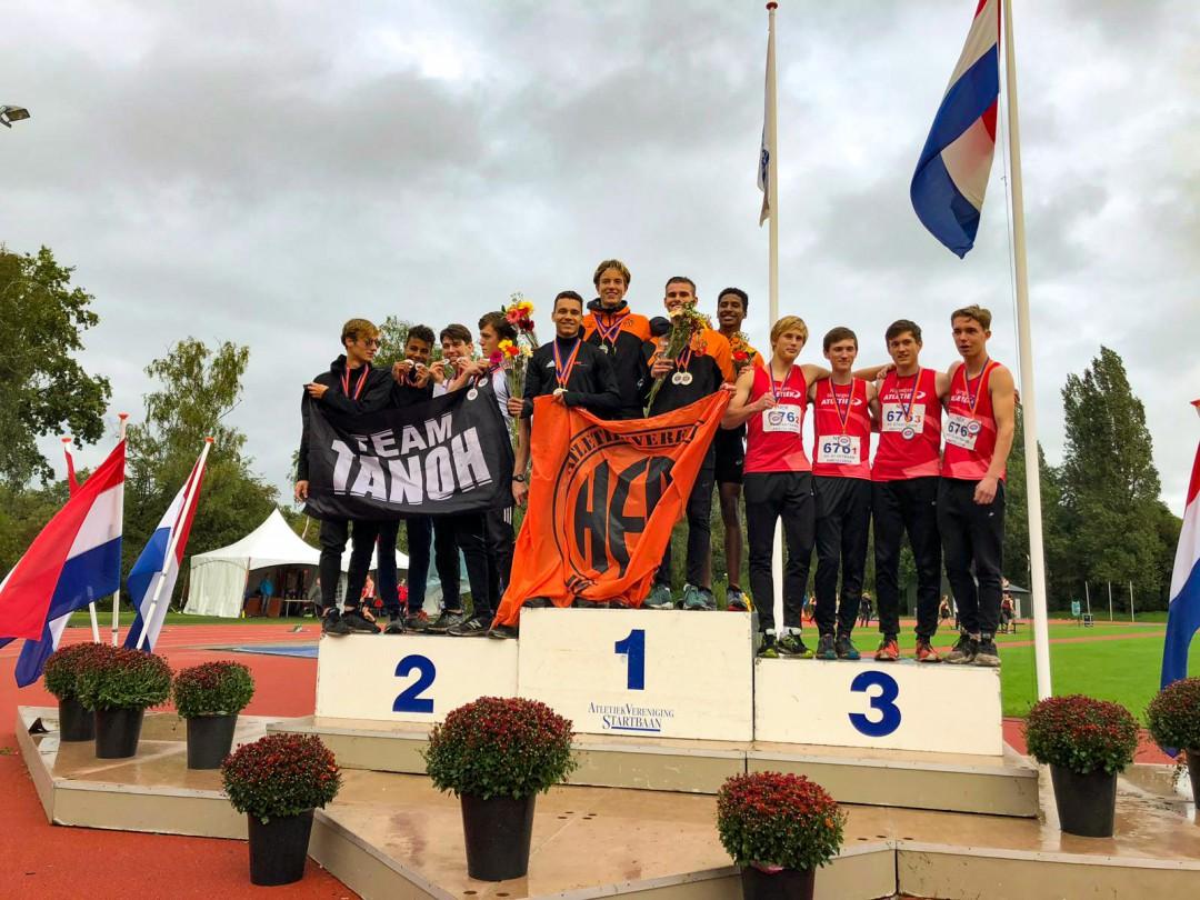 Jongens junioren B op het hoogste podium bij de zweedse estafette