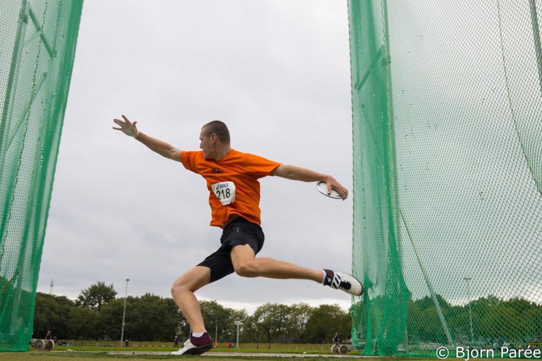Sebastiaan Bonte werpt de discus naar 61,67 meter